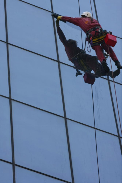 Risks associated with working at heights