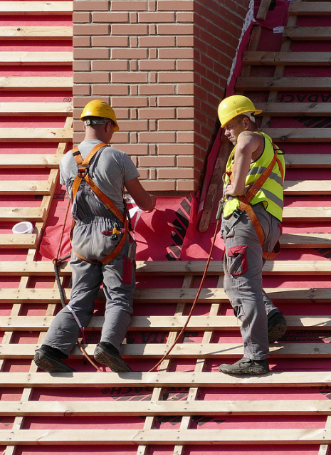 Canadian construction workers- Roofers